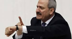 Zafer Çağlayan 17 Aralık soruşturmasından sonra istifa etmek zorunda kaldı